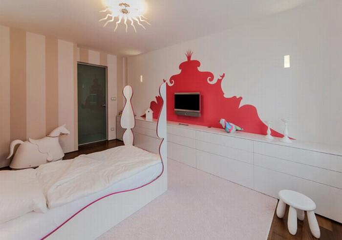 Спальни для мальчика и девочки в современной Словакии
