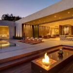 Стильный особняк с видом на Лос-Анджелес