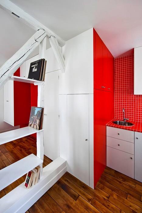 Маленькая Белый  Крошечная квартира в Париже