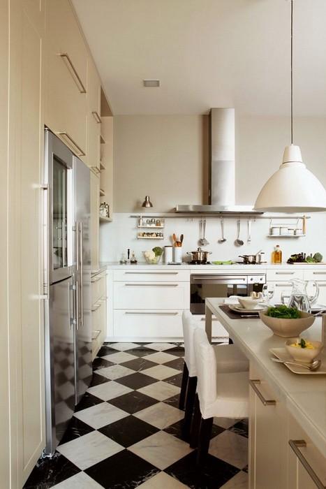 Кухня с Шахматным полом