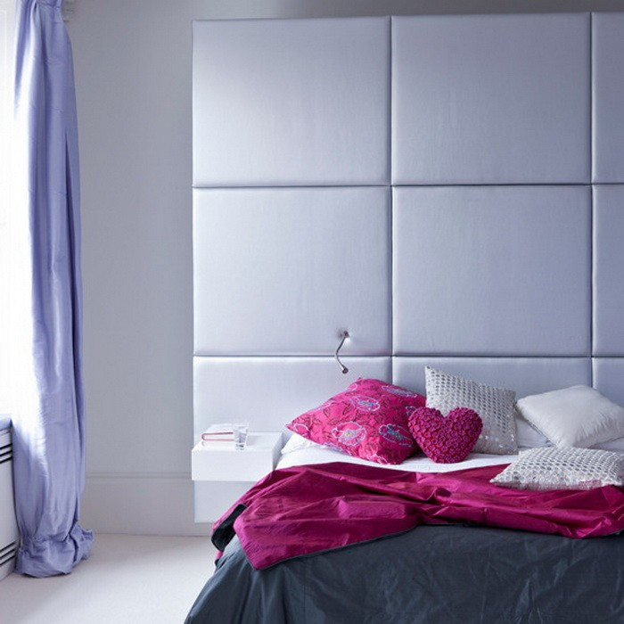 Стена над изголовьем кровати