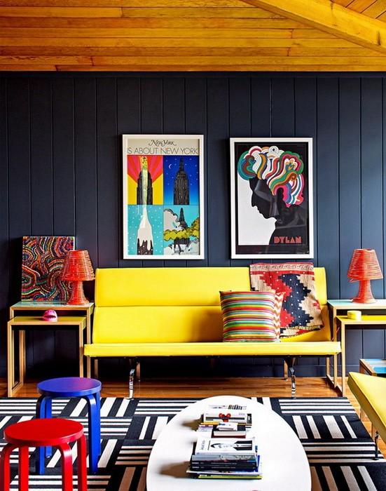 Яркий дом и его интерьеры
