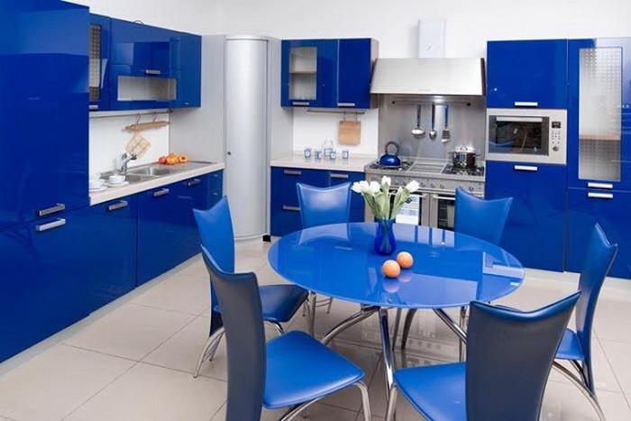 Желто-синяя кухня дизайн