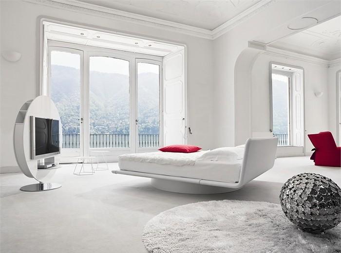 Спальная комната в белом