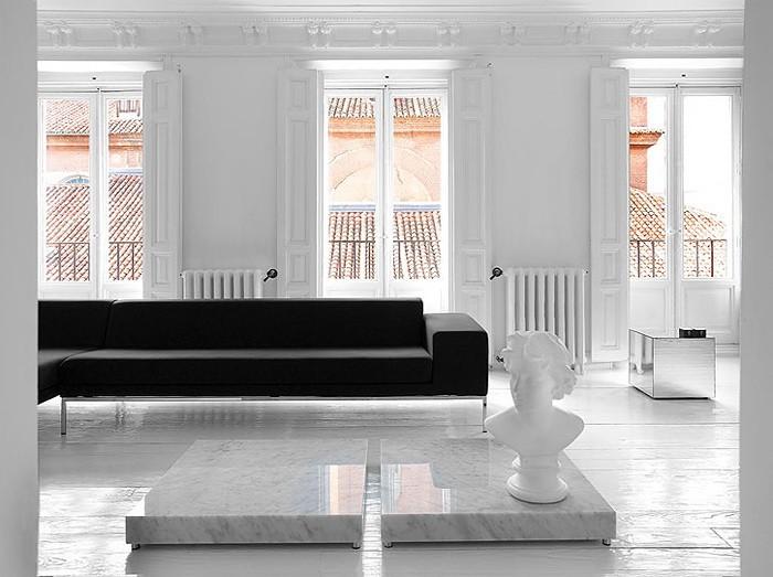 Черное и белое  Театральный черно белый интерьер