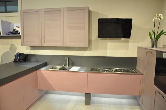 Интерьер кухни в бежево-коричневых тонах, примеры