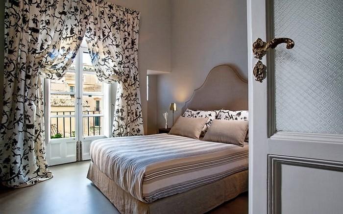 Серый Бежевый  Отель в Сицилии