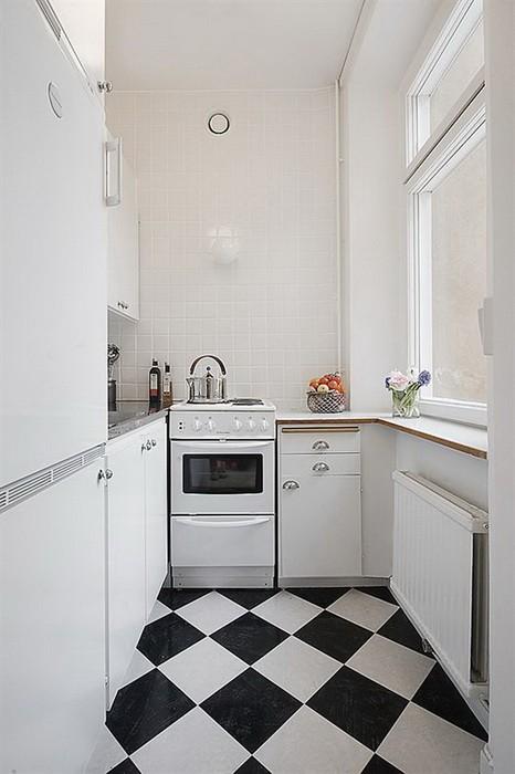 Маленькая  Дизайны узких кухонь