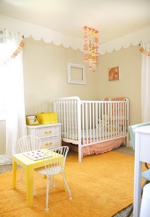 Интерьер детской комнаты для девочки в желтом_01
