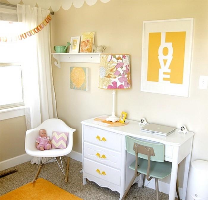 Желтый  Интерьер детской комнаты для девочки в желтом