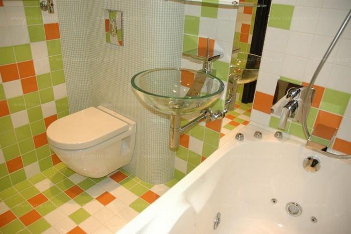 Маленькая  Интерьер маленьких ванных комнат