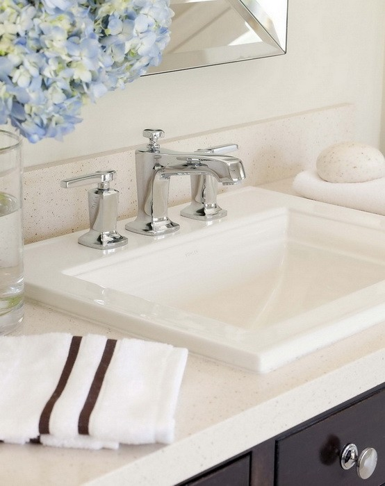 Бежевый  Интерьер ванной комнаты в кремовых тонах