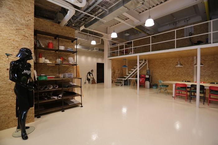 Экологичный стиль в офисном помещении_04