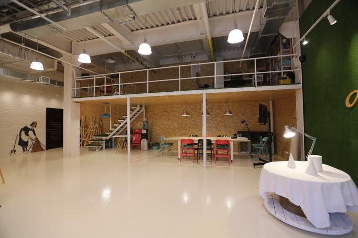Экологичный стиль в офисном помещении_05