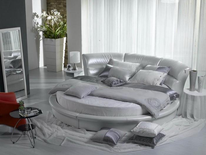 Спальни с круглой кроватью