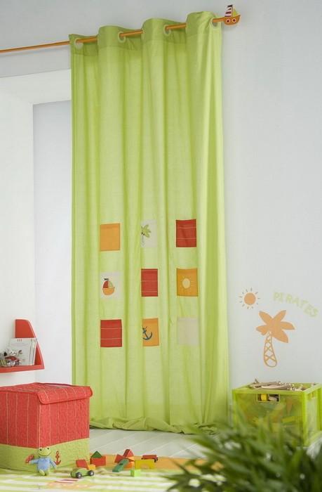 Шторы в детской комнате_09