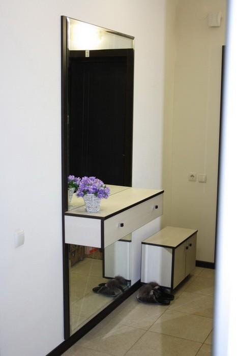 Тумба с зеркалом  маленькая