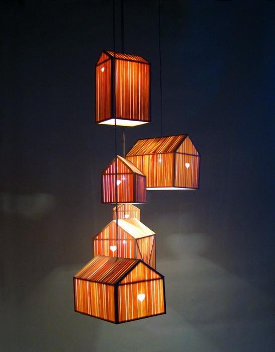 люстры и светильники на длинных подвесах_12
