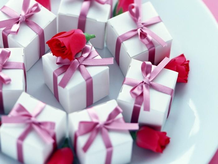 Варианты упаковки подарка к 8 марта (часть 2)_05