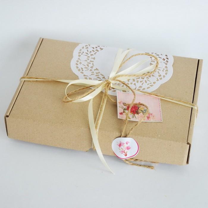 Варианты упаковки подарка к 8 марта_07
