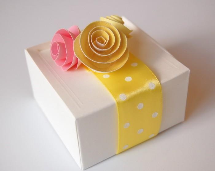 Варианты упаковки подарка к 8 марта_22