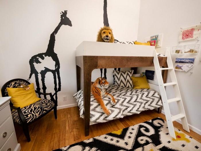 Кровать под потолком в детской_14