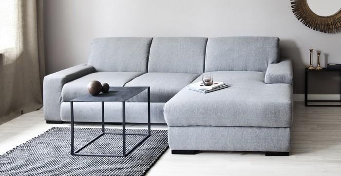 Пустое пространство перед угловым диваном_10