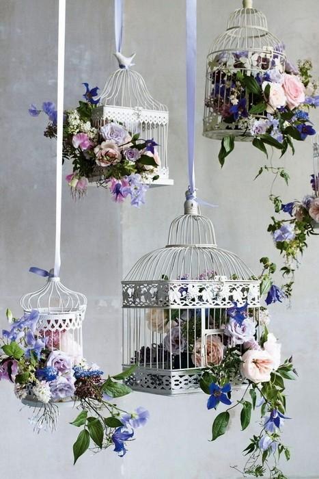 Клетка для птиц в декоре интерьера