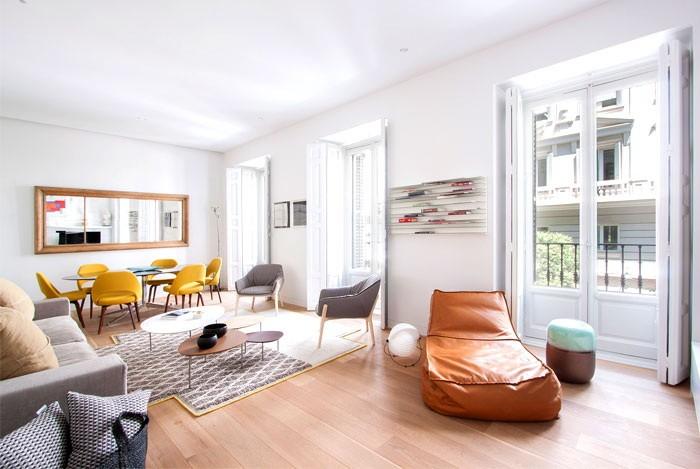 Дизайн квартиры с высокими потолками_09