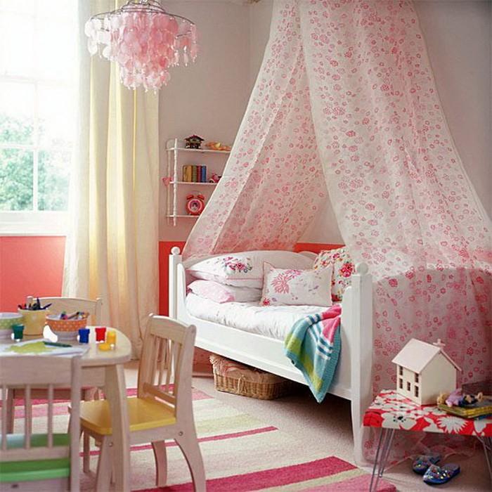 Яркие интерьеры детских комнат_14
