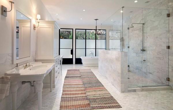 Как оформить большую ванную комнату