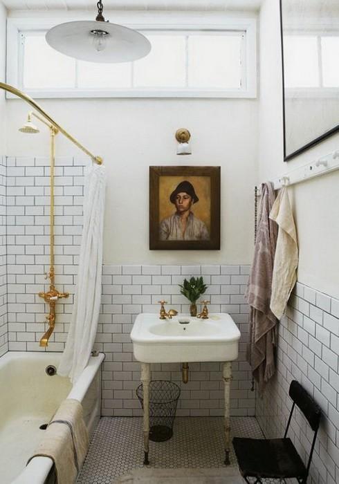 Ванная комната с окном_12