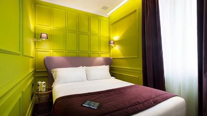 Яркие интерьеры комнат в отеле Рима_05