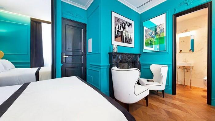 Яркие интерьеры комнат в отеле Рима_08