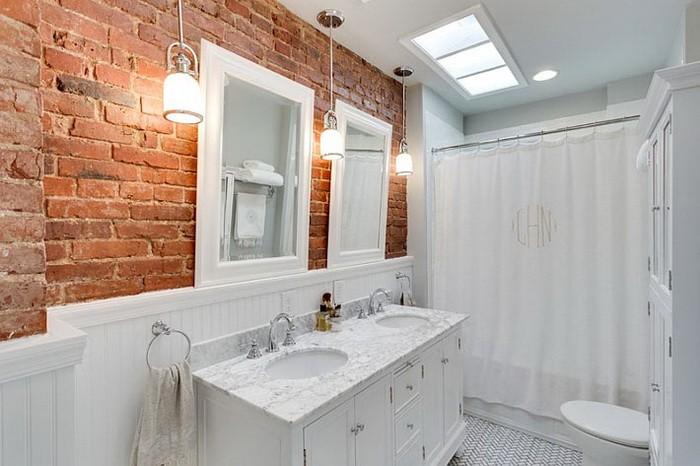 Кирпичная стена в ванной_04