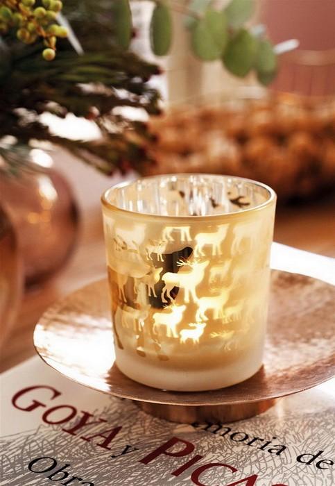 Золотой новогодний декор дома_09