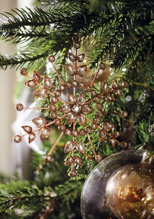 Золотой новогодний декор дома_10
