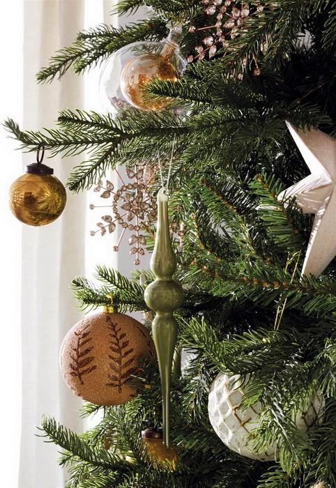 Золотой новогодний декор дома_11
